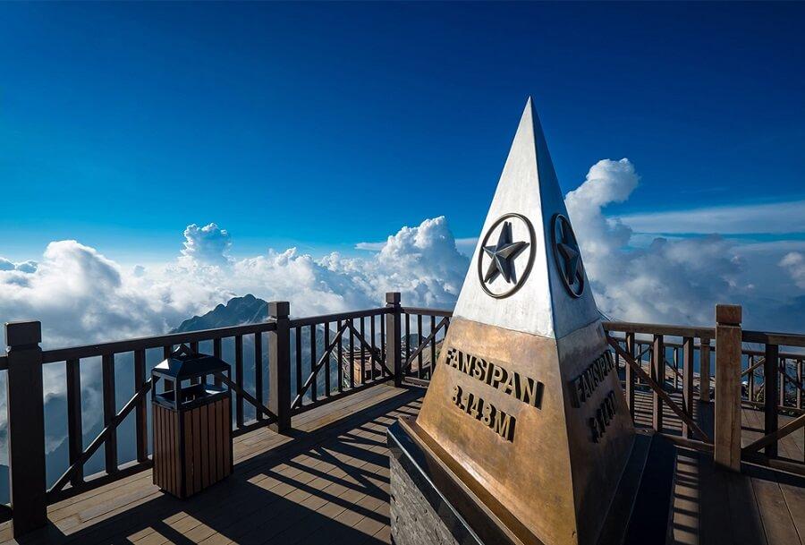 đỉnh Fansipan được xem là điểm cao nhất Việt Nam