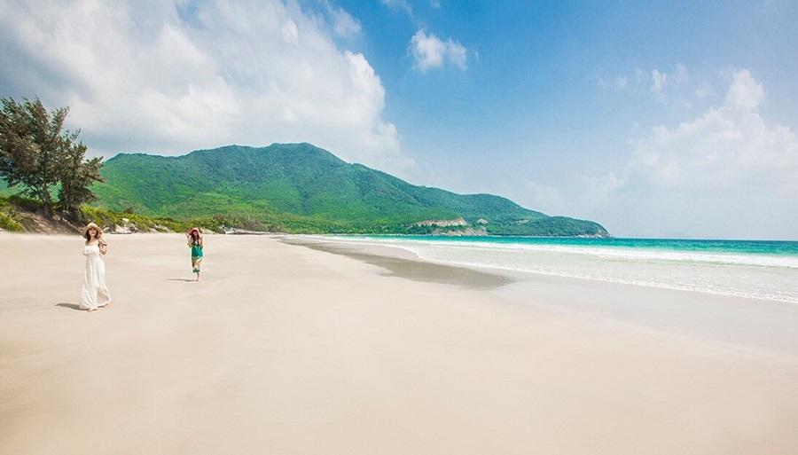 bãi dài Nha Trang là bãi biển du lịch dài nhất Nha Trang