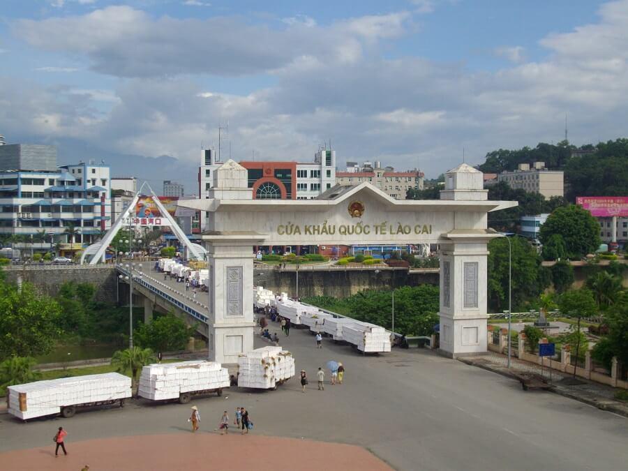 Cửa khẩu Lào Cai