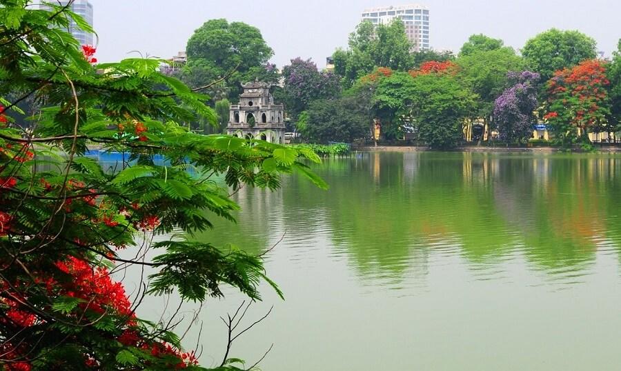 Hồ Hoàn Kiếm Hà Nội luôn đẹp trong mắt mọi người