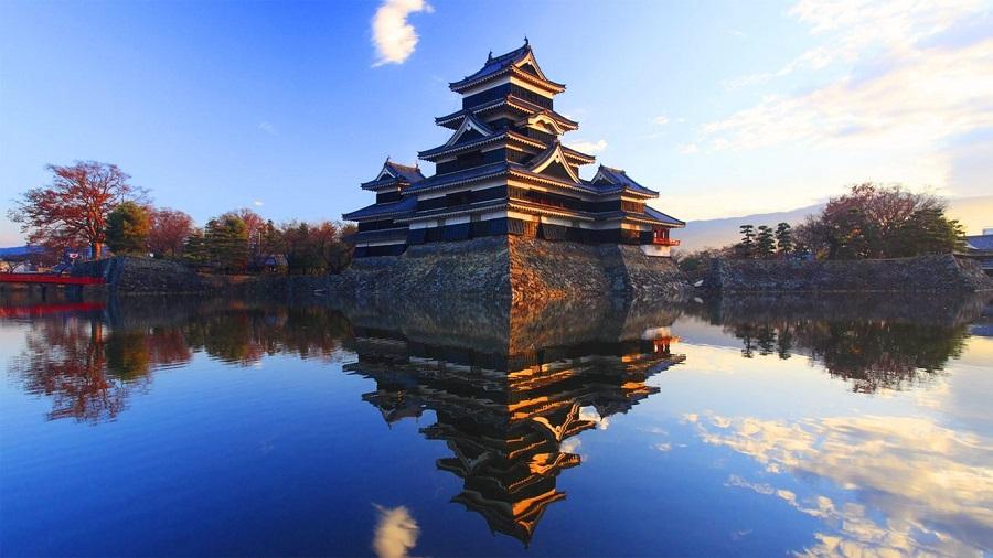 Lâu đài Matsumoto là lâu đài cổ và lâu đời nhất tại Nhật Bản