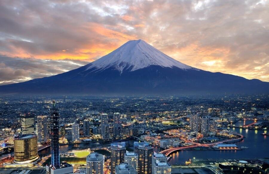núi phú sĩ là biểu tượng du lịch nhật bản