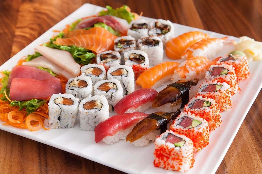 Sushi sashimi là món ăn truyền thống và đặc trưng của ẩm thực Nhật Bản