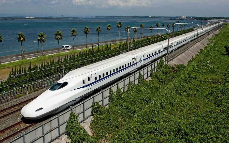 Tàu cao tốc Shinkans là một trong những tàu nhanh nhất Nhật Bản