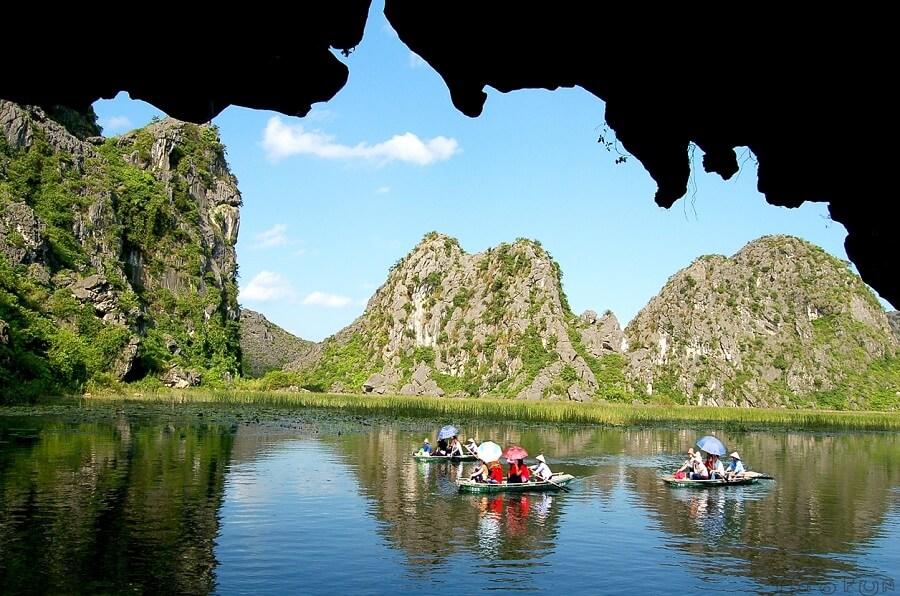 Tour du lịch Tam Cốc - Bích động miền bắc Việt Nam
