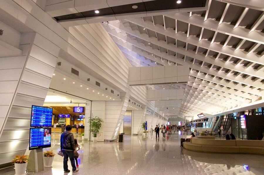 Sân bay Đào Viên là địa điểm dừng chân đầu tiên khi bạn vừa đến Đài Loan